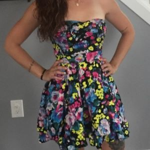H&M Floral Sweetheart Dress